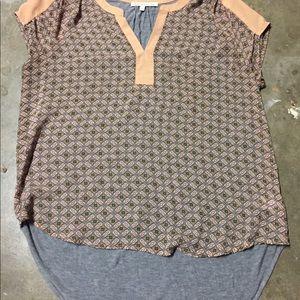 Daniel Rainn short-sleeved blouse.  Large.